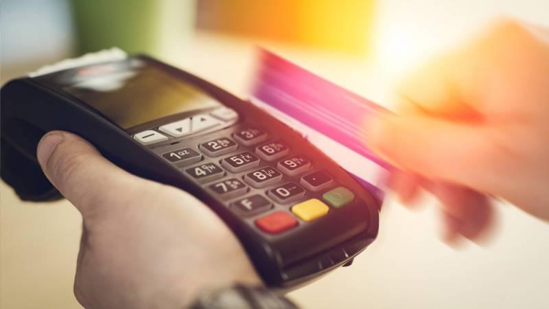 Skutki braku terminali płatniczych przy kasach fiskalnych